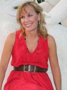 Lori Lowe, author of FIRST KISS TO LASTING BLISS: HOPE & INSPIRATION FOR YOUR MARRIAGE.