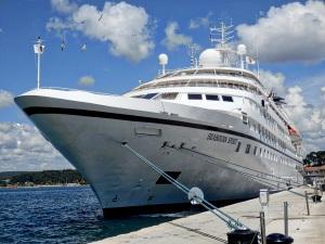 cruise ship morguefile
